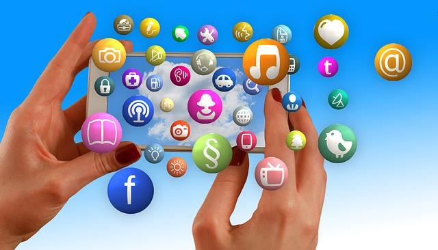 sociální sítě média